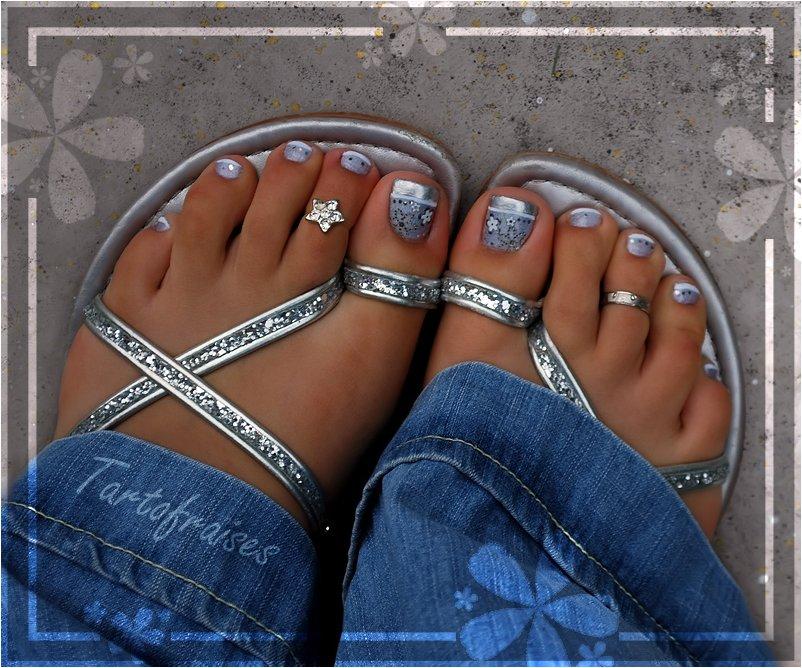 Colorful Toe Nail Megapics